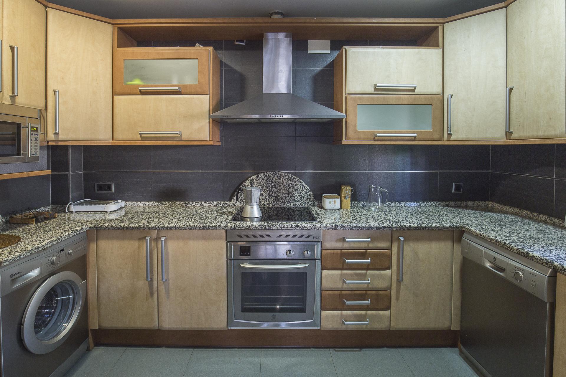 cocina completa casa rural casa del rio navaconcejo valle del jerte